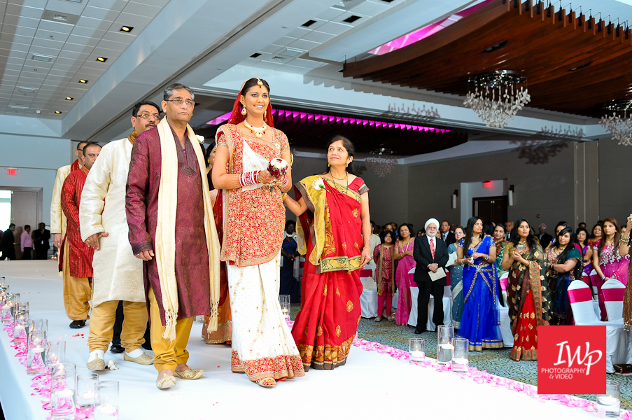 wilmington-nc-indian-wedding-photography-convention-center-13